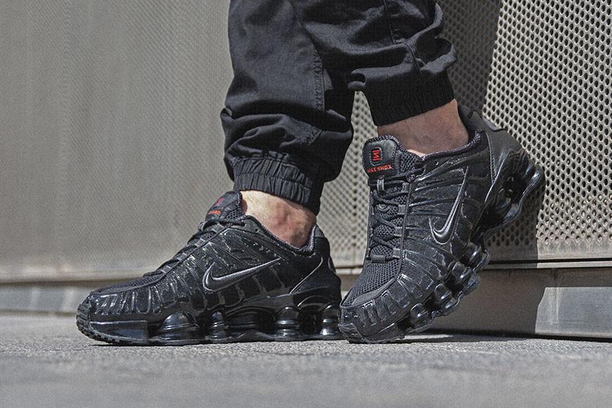 orar Nota Unirse  Nike Shox, los muelles están de vuelta. - The Sneaker One Blog
